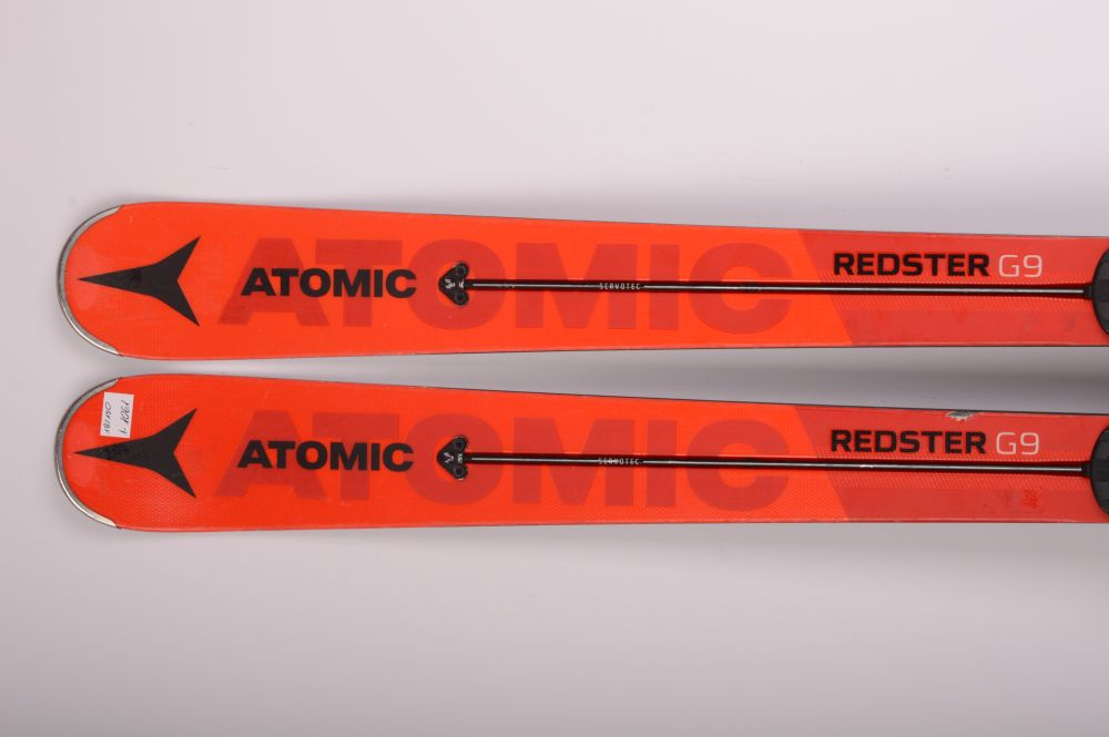 Narty Atomic Redster G9 177cm