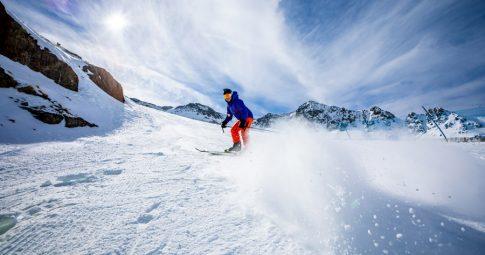 Jak zabezpieczyć sprzęt narciarski/snowboardowy po sezonie ?